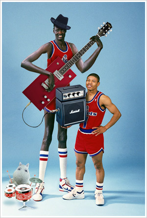 How much do I love this photo of Manute Bol and Muggsy Bogues? This much!